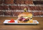 3 adresses pour se faire livrer un bon burger à Nice  - Livraison de burger à Nice