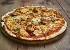 5 fromages dans la nouvelle pâte Cheezy de Pizza Hut  - Pizza