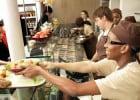 Jour offre une soupe sur mesure  - Service au comptoir