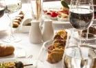 Le couple Macron invité par Pamela Anderson dans son resto  - Restaurant éphémènre La Table du Marché