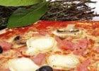 Le poulet chez Pizza City  - Pizza à la sauce tomate et mozzarella