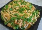 Les pâtes au pluriel !  - Assiette de nouilles garnies d'haricots verts