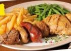 Les plats à l'honneur chez Courtepaille  - Brochette Poulet et agneau marinés, chorizo