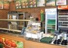 SUBWAY® célèbre ses 10 ans en France  - Comptoir d'un restaurant Subway