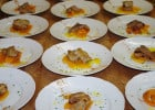 Un restaurant sert gratuitement des repas aux sans-abris  - Repas pour les sans-abris
