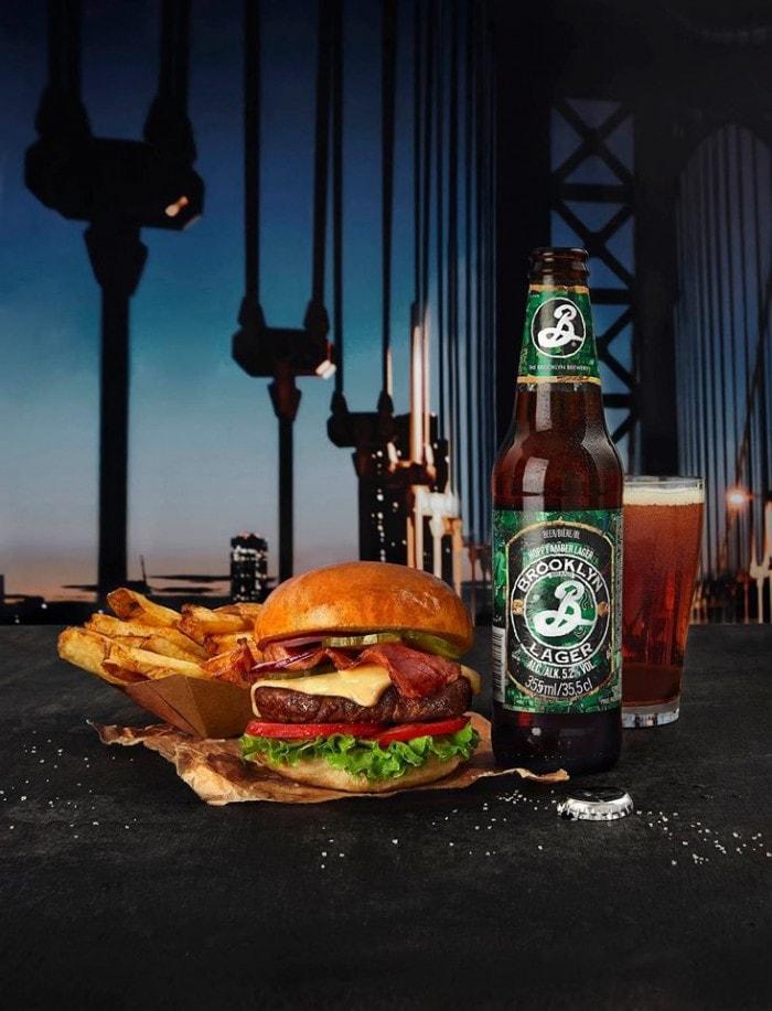 Un menu burger et bière