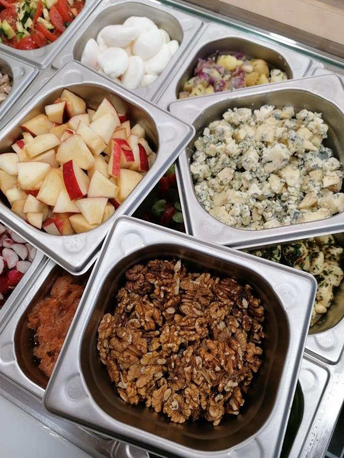 Ingrédients d'automne pour salades sur mesure
