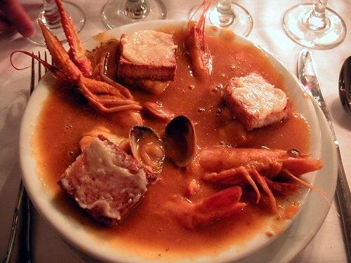 Un potage aux fruits de mer