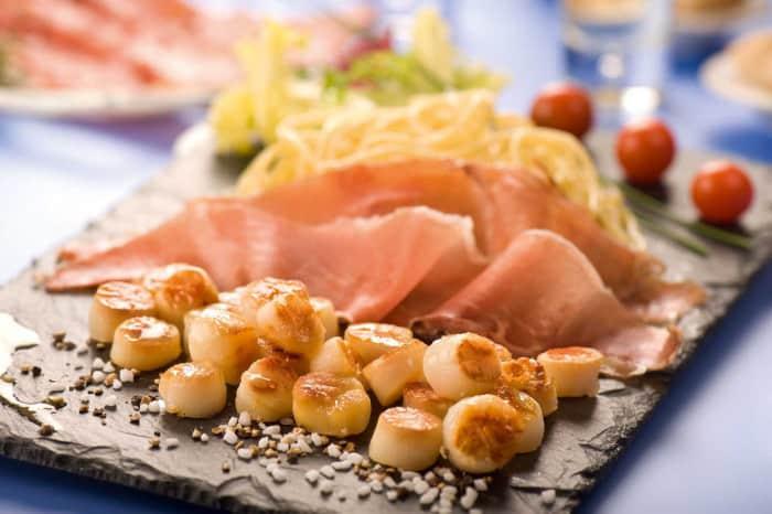 Pâtes fraîches, noix de st Jacques et saumon