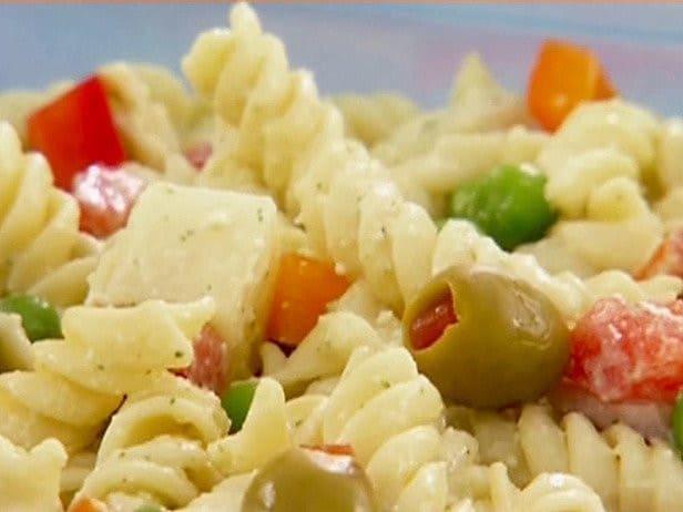 Pâtes, tomates et olives