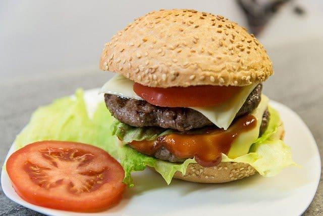 Le plus grand fan de Burger King a un restaurant à son nom