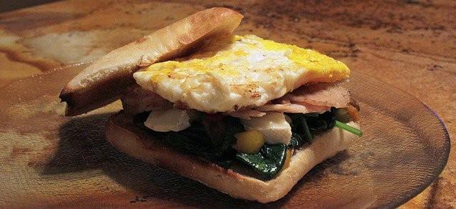 Sandwich avec oeuf