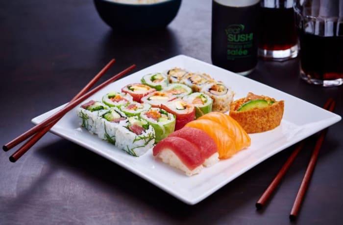 Plateau de sushis, makis et california