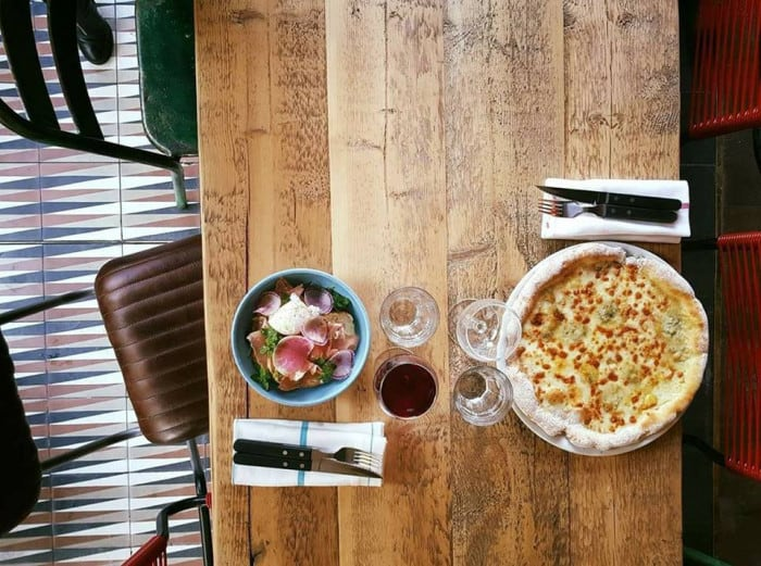 Pizza chez Little Nonna
