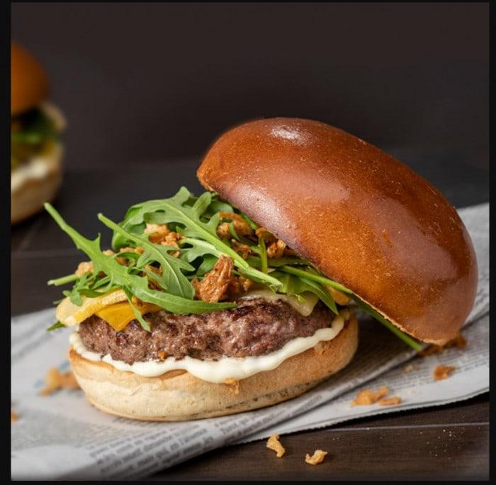 Burger Plymouth