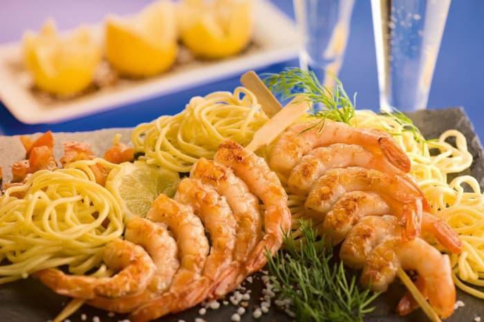 Spaghettis aux St Jacques et gambas