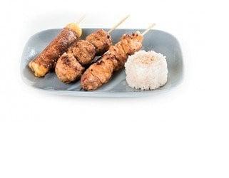 Brochettes et riz vinaigré