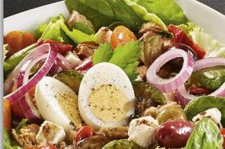 4 salades à intégrer dans votre déjeuner chez Hippopotamus