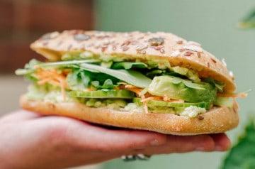 Columbus café & Co : deux boissons et un sandwich