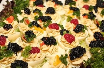 Comment intégrer le caviar dans vos plats de fête ?