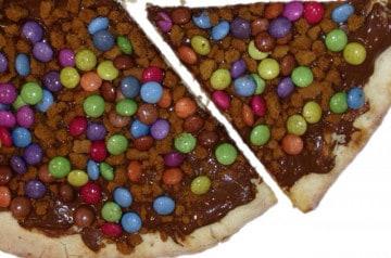 Découvrez les pizzas chocolatées de Mister Pizza