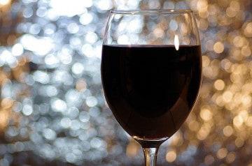 Déguster des vins et cocktails dans le noir, à tester !