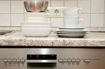 Faire la vaisselle pour payer son repas au restaurant ?