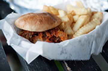 Fast-food : des produits chimiques pointés du doigt
