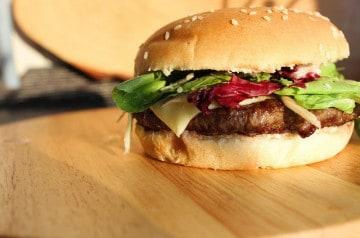 Fast-food halal : la franchise Le Spécial est une référence