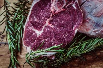 Geste écolo : une université londonienne bannit le bœuf