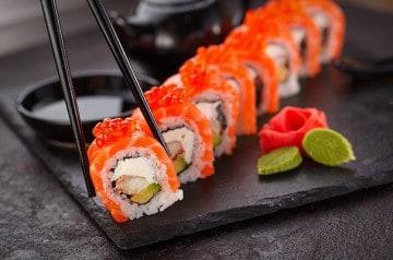 L'Abysse: nouveau bar à sushis ultra chic à Paris