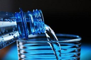 L'eau du robinet au restaurant, mieux que l'eau en bouteille