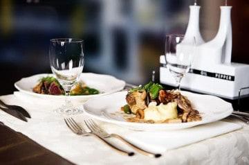 La Bauhinia accueille un dîner-lecture chaque mois