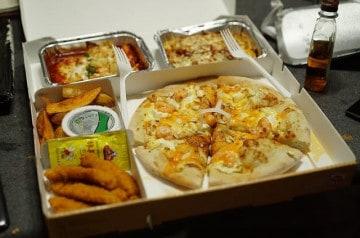 La livraison de repas par les restaurants reste possible