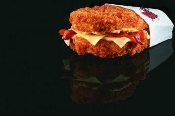 Le coup double débarque dans les KFC canadiens!
