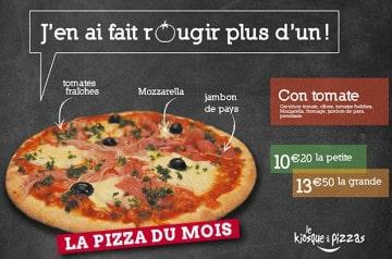 Le Kiosque à Pizzas fait déguster une pizza à la tomate