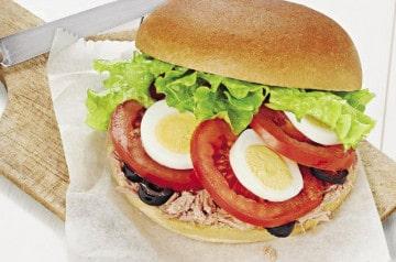 Les sandwichs se parent de couleurs chez Pomme de Pain