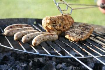 Les viandes à griller grillent le marché