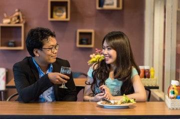Manger au restaurant sans téléphone, ça fait du bien