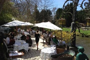 Moulin du Roc : Déjeuner sur la meilleure terrasse de France