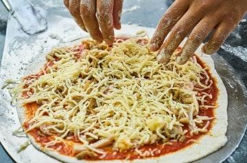 Nouveau record : la pizza aux 257 fromages