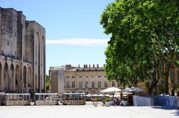 Où profiter d'un bon moment en terrasse à Avignon ?