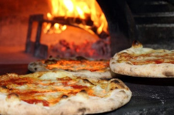 Ouvrir une pizzéria : en franchise ou en indépendant ?