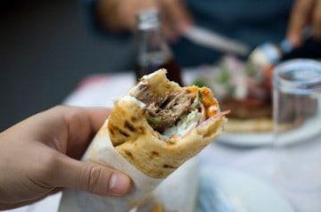 Pause-déjeuner : la restauration rapide en tête