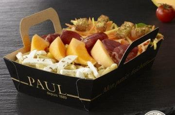Salade et sandwich estivaux chez Paul
