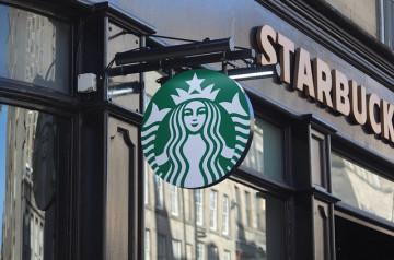 Starbucks teste le drive en France