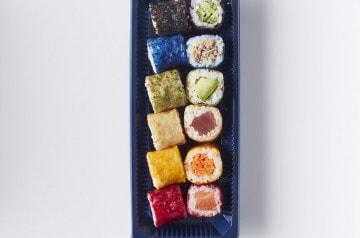 Sushi Daily explore le thème de l'arc-en-ciel