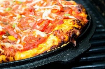 Un bikini-pizza à 10 000 dollars