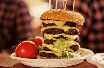 Un burger avec 2,75 kg de viande: un défi XXL