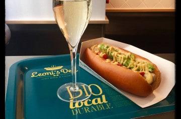 Un hot dog bio pour le déjeuner, une bonne idée !